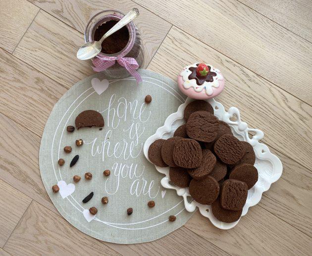 Ciottoli cacao e nocciole