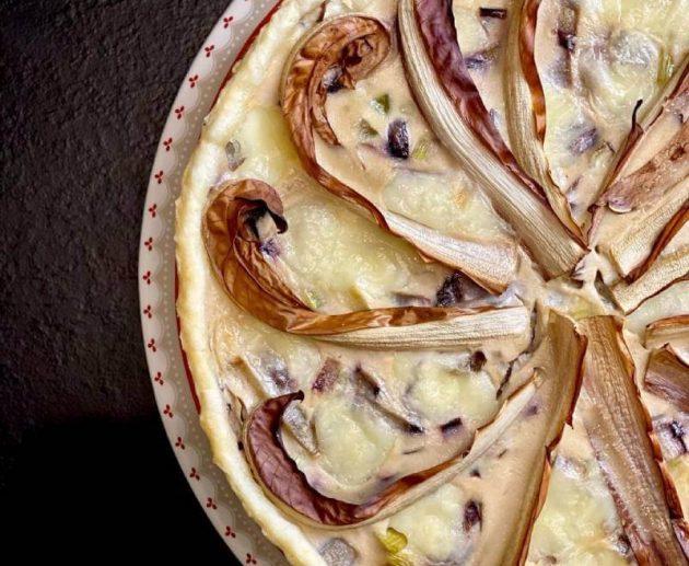 Torta-salata-con-radicchio-vegetariana